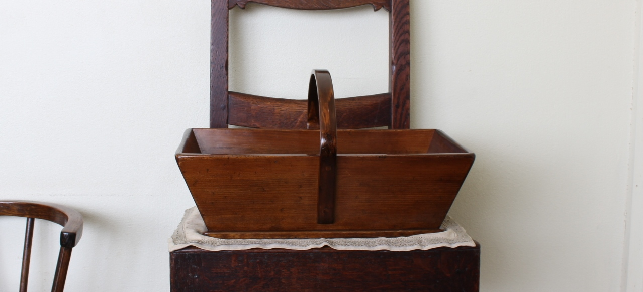 木の雑貨とアンティーク家具修理|フォーキー