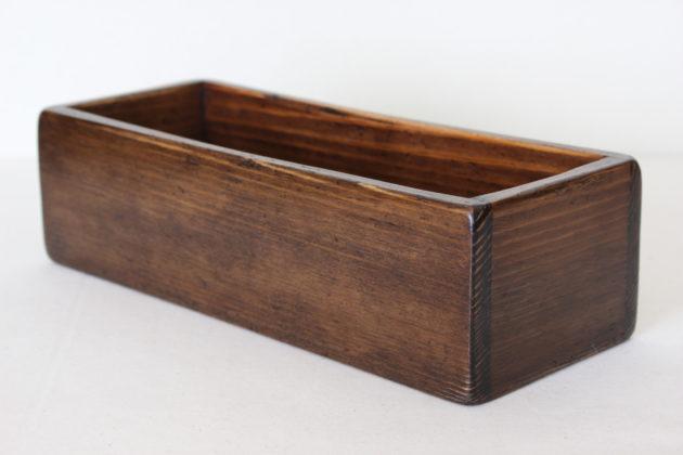 古そうな木のボックス