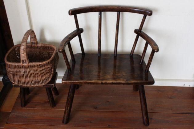 手作りの子供椅子